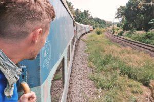 Zugfahren in Indien - Fahrtwind