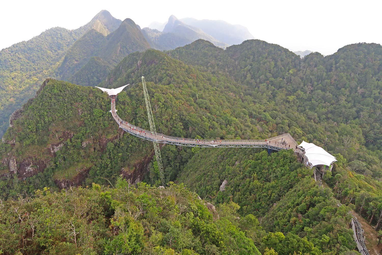 Skybridge, die längste kurvige Hängebrücke der Welt.