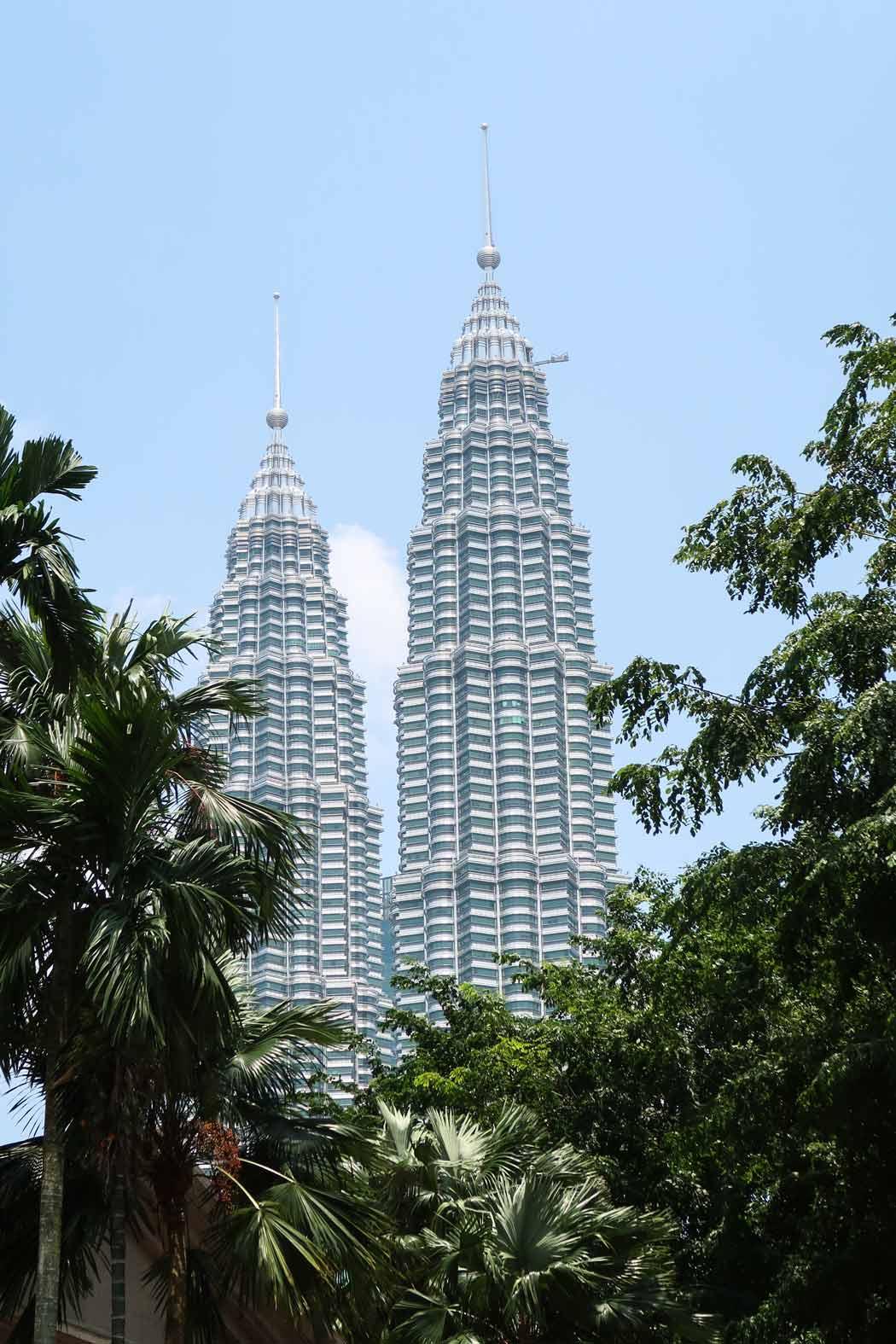 Das Wahrzeichen von Kuala Lumpur - die Petronas Towers