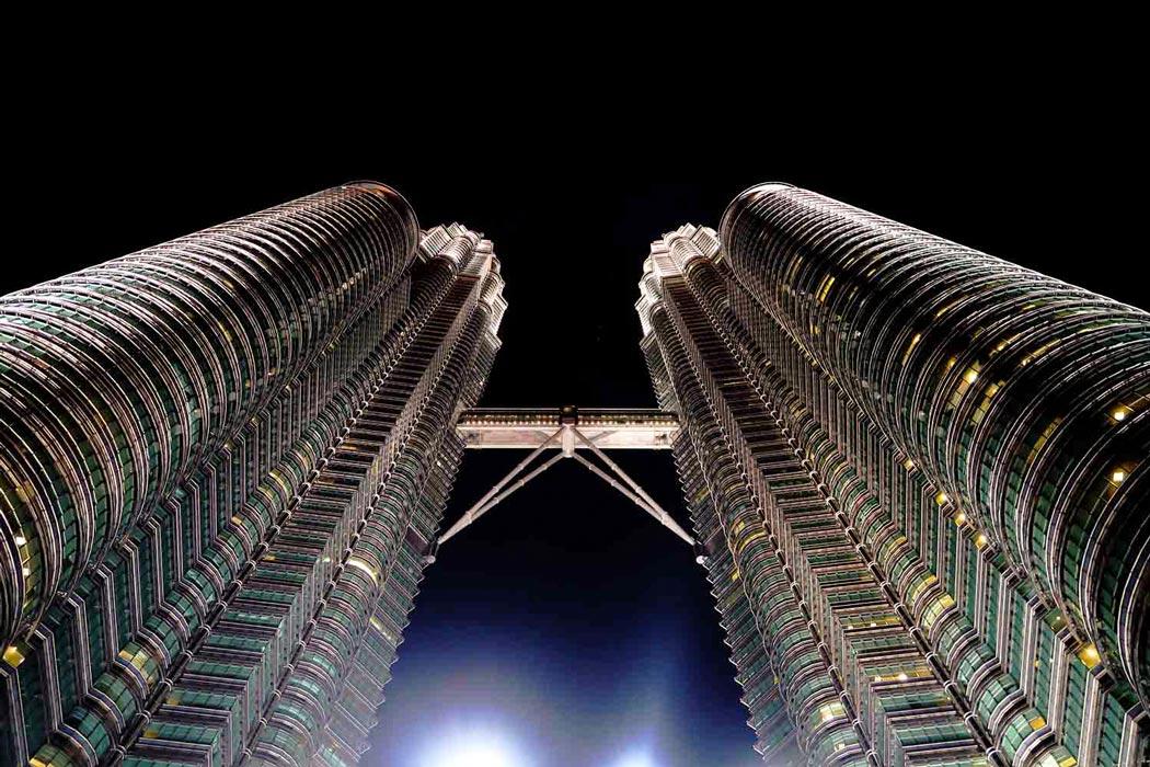 Die Petronas Towers, das Wahrzeichen von Kuala Lumpur