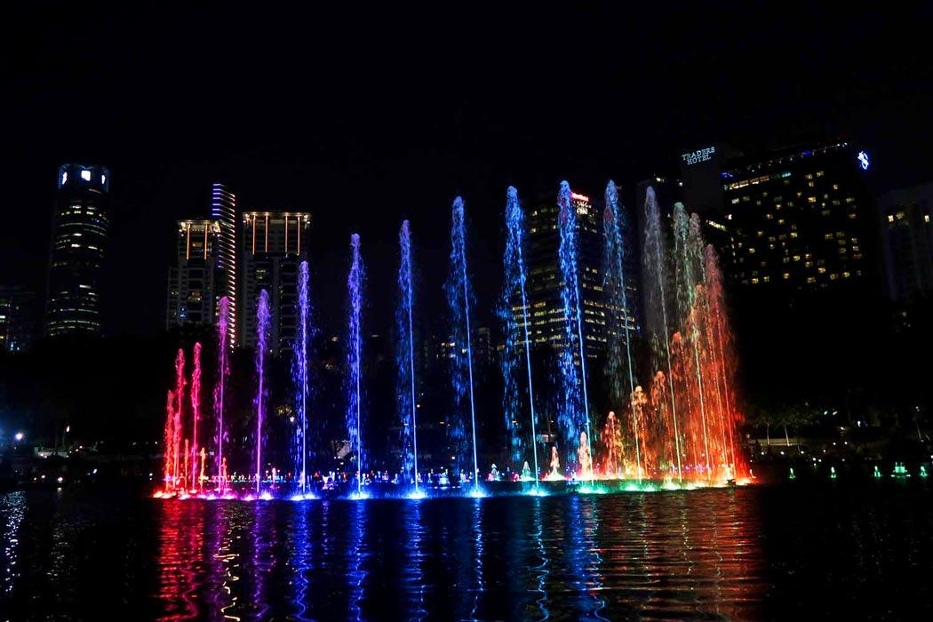 Der KLCC Park ist eine beliebte Sehenswürdigkeit in Kuala Lumpur
