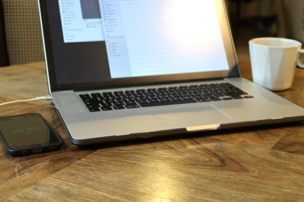 Packliste Macbook Elektronik