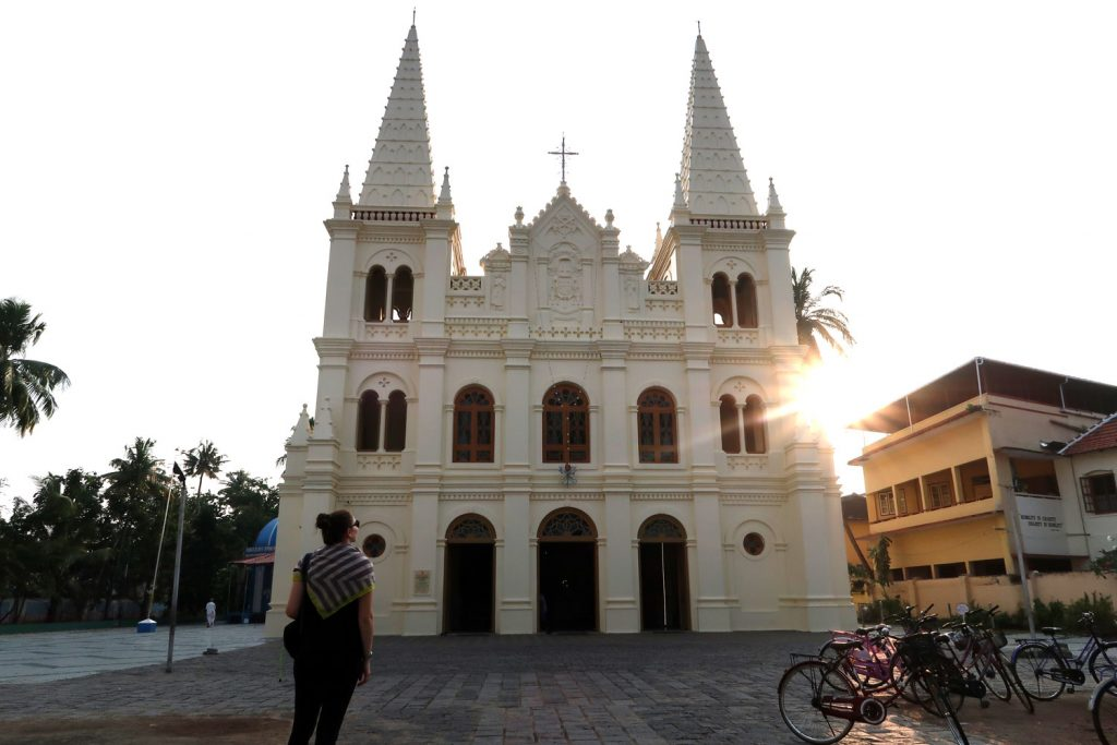 Santa Cruz Cathedral Basilica in Fort Kochi - likeontravel