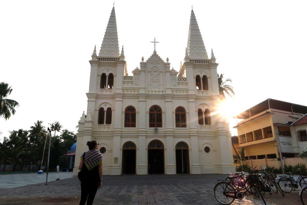 Santa Cruz Cathedral Basilica in Fort Kochi - likeontravel
