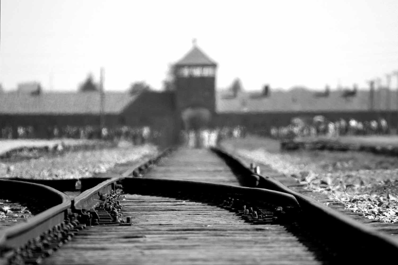 Krakau Sehenswürdigkeiten I Die 5 wichtigsten historischen Spots! #gedenkstätte #auschwitz #zweiterweltkrieg #reiseblog #krakau #sehenswert #museum