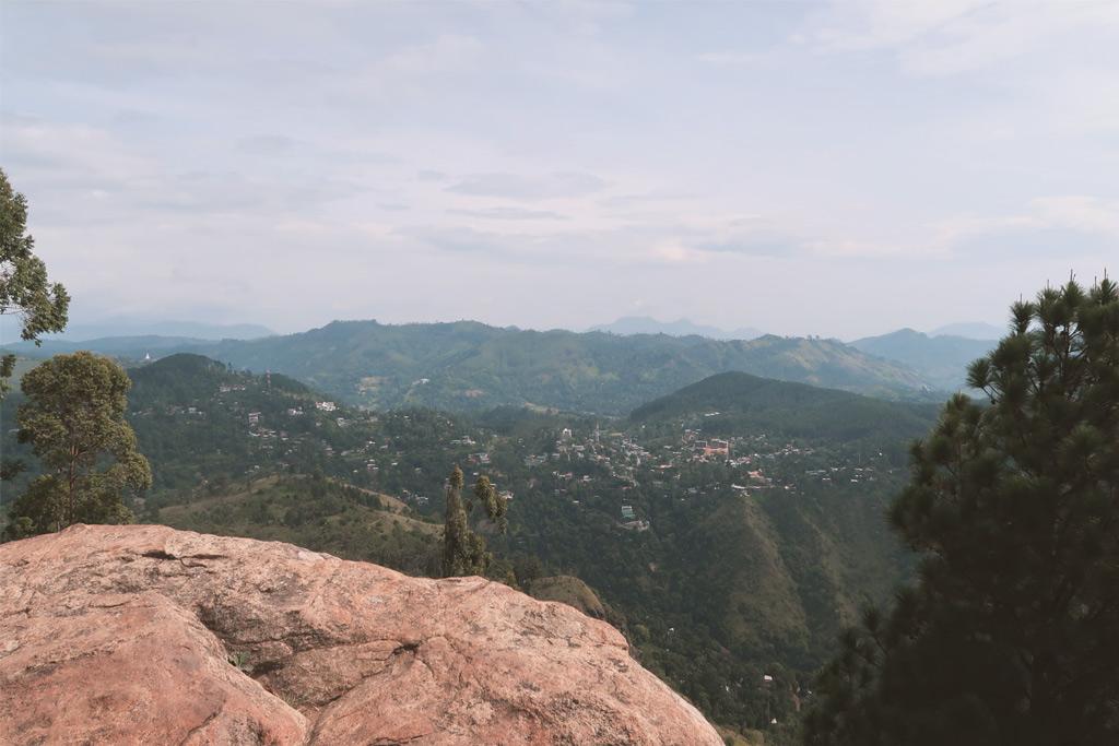 Blick vom Little Adams Peak über Ella