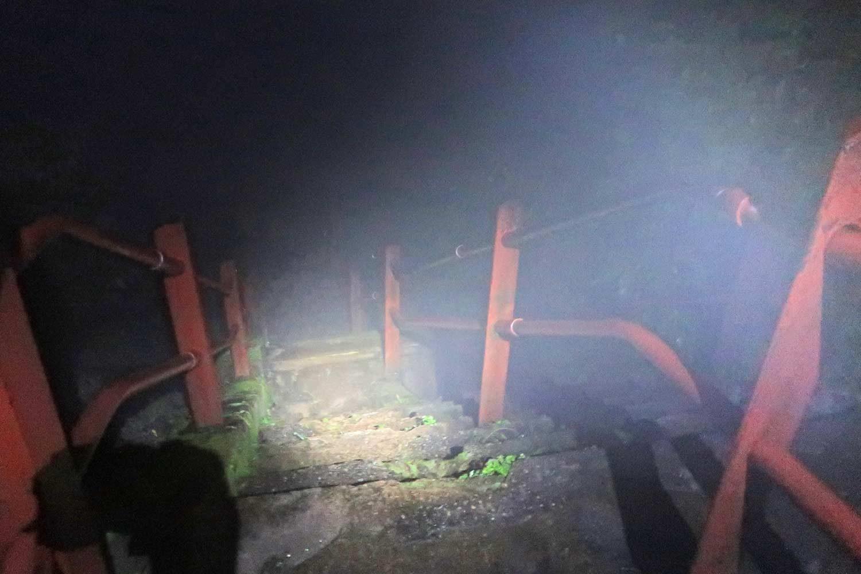 Aufsteig in Dunkelheit zum Adams Peak