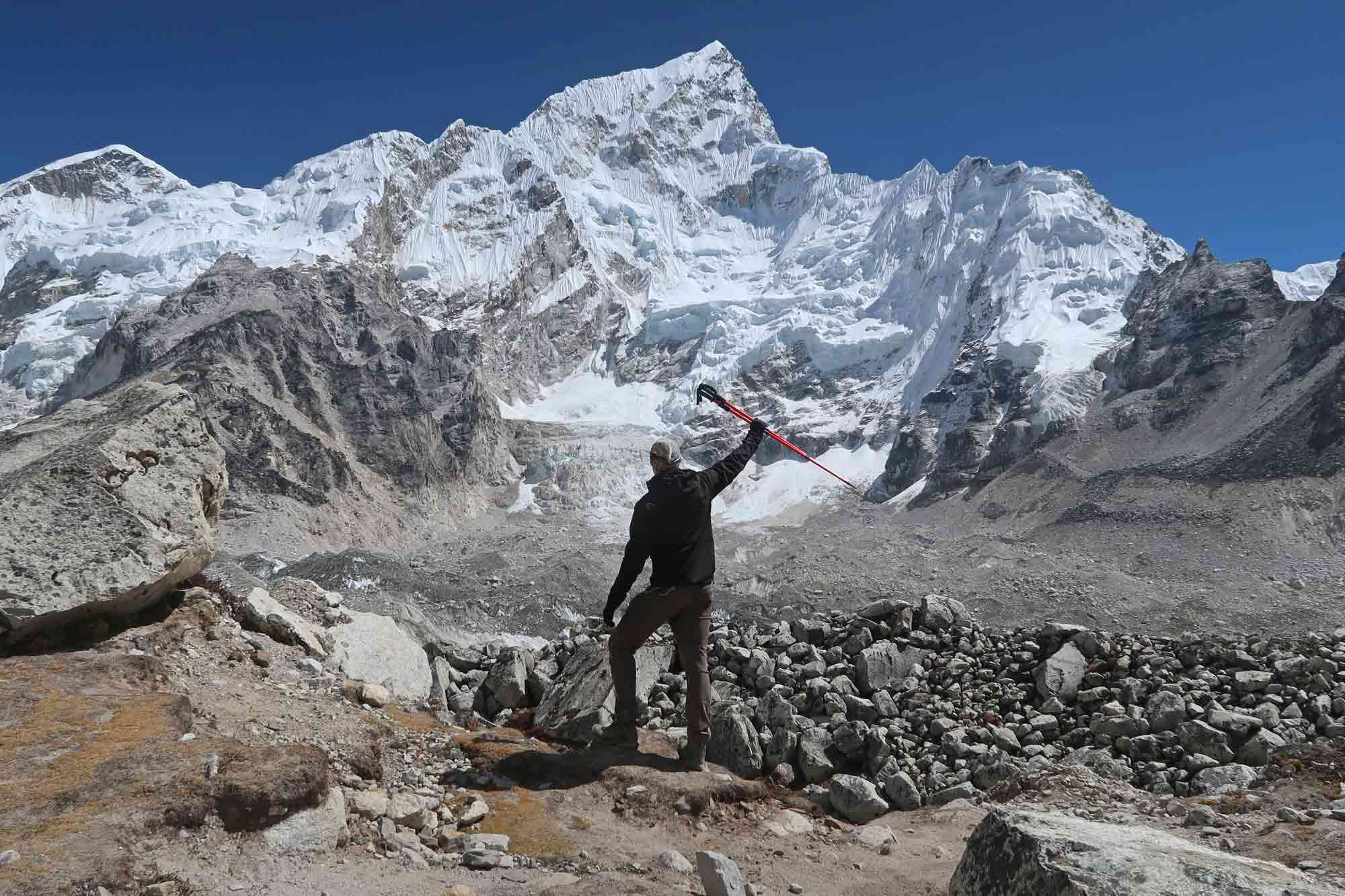 Kurz vor dem Ziel des Everest Base Camp Trek - Likeontravel