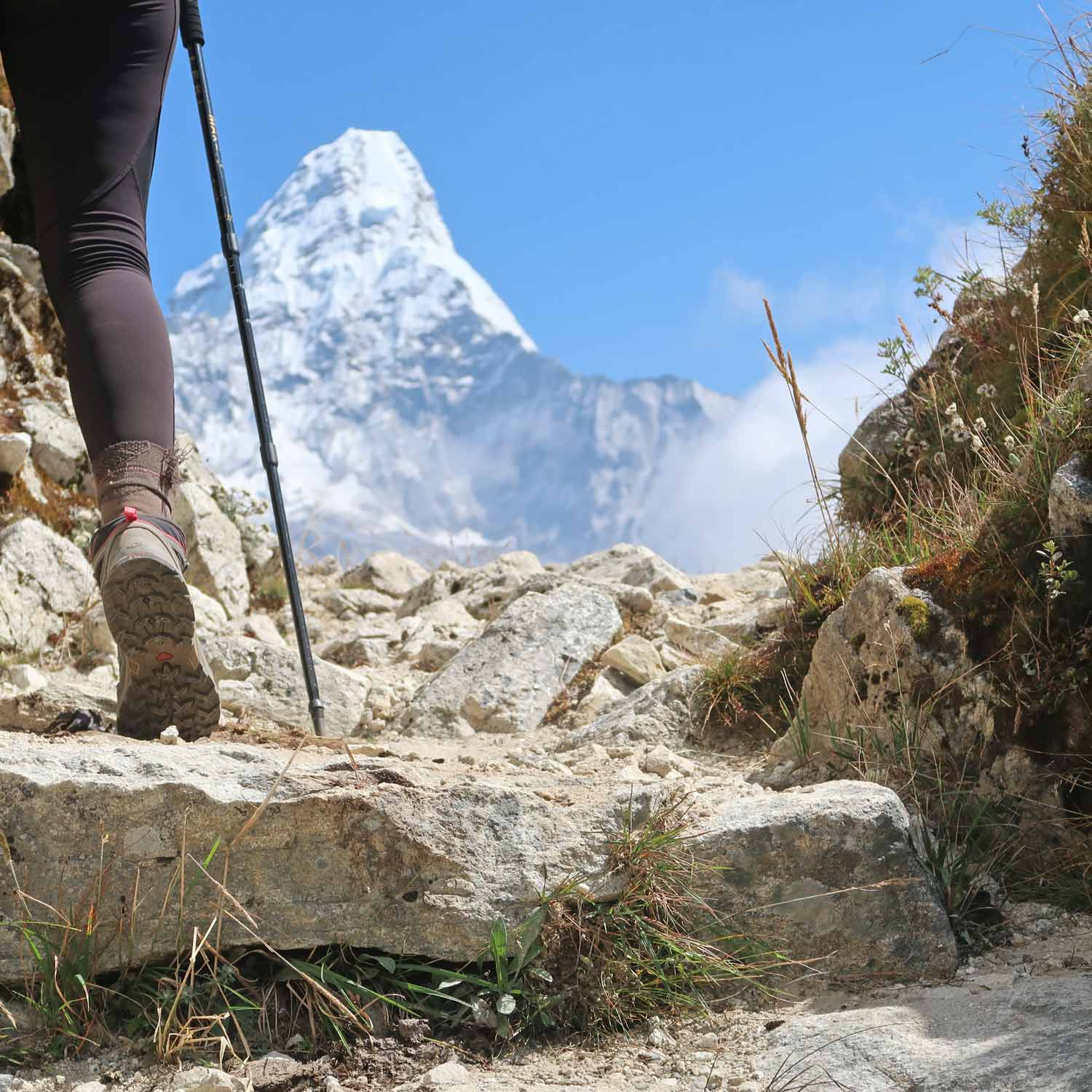 Blick auf den Ama Dablam bei Phortse- Everest Base Camp Trek - Likeontravel