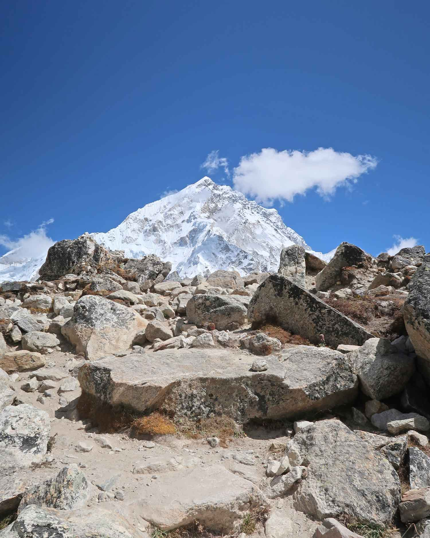Von Lobuche nach Gorak Shep - Everest Base Camp Trek - Likeontravel