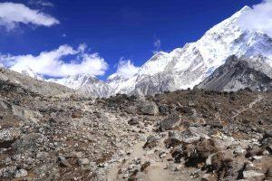 Lobuche Passe- Steinformation auf dem Everest Base Camp Trek - Likeontravel