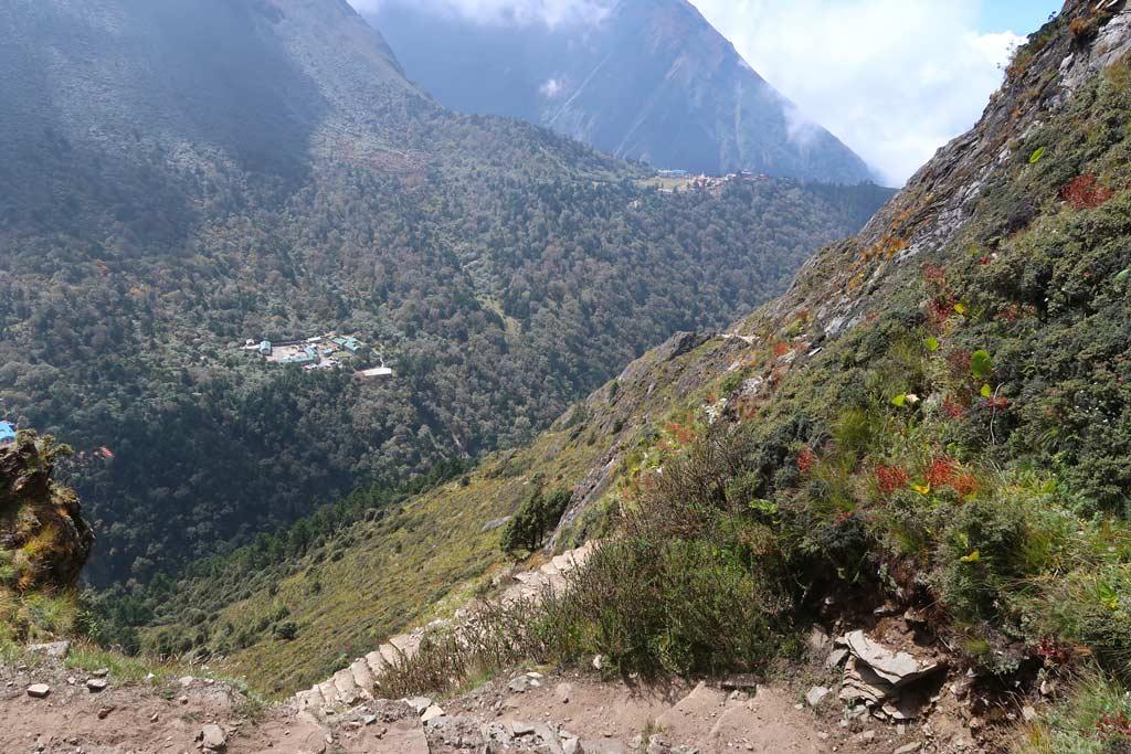 Talblick zwischen Tengboche und Phortse - Likeontravel auf dem Everest Base Camp Trek