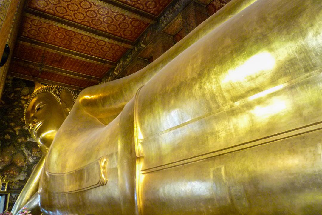 Wat Pho Lyling Buddha