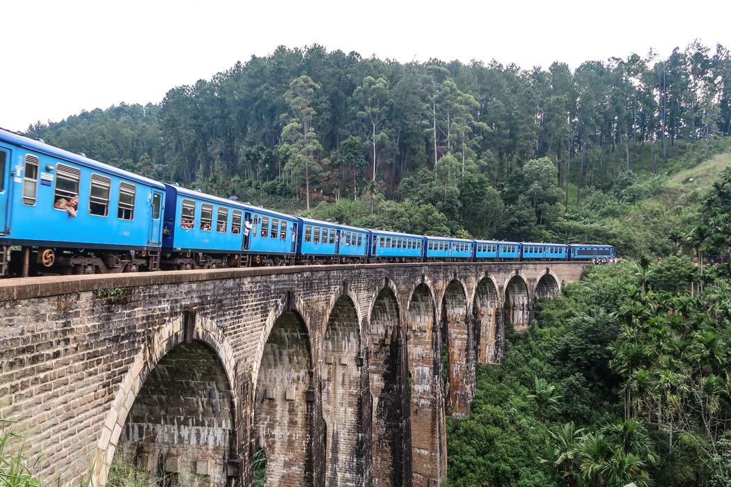 9 Bogen Brücke in Sri Lanka