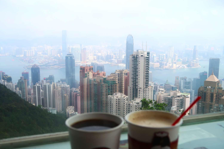 Aussicht vom Victrosia Peak in Hong Kong - Blick auf Tsim Tsa Tsui