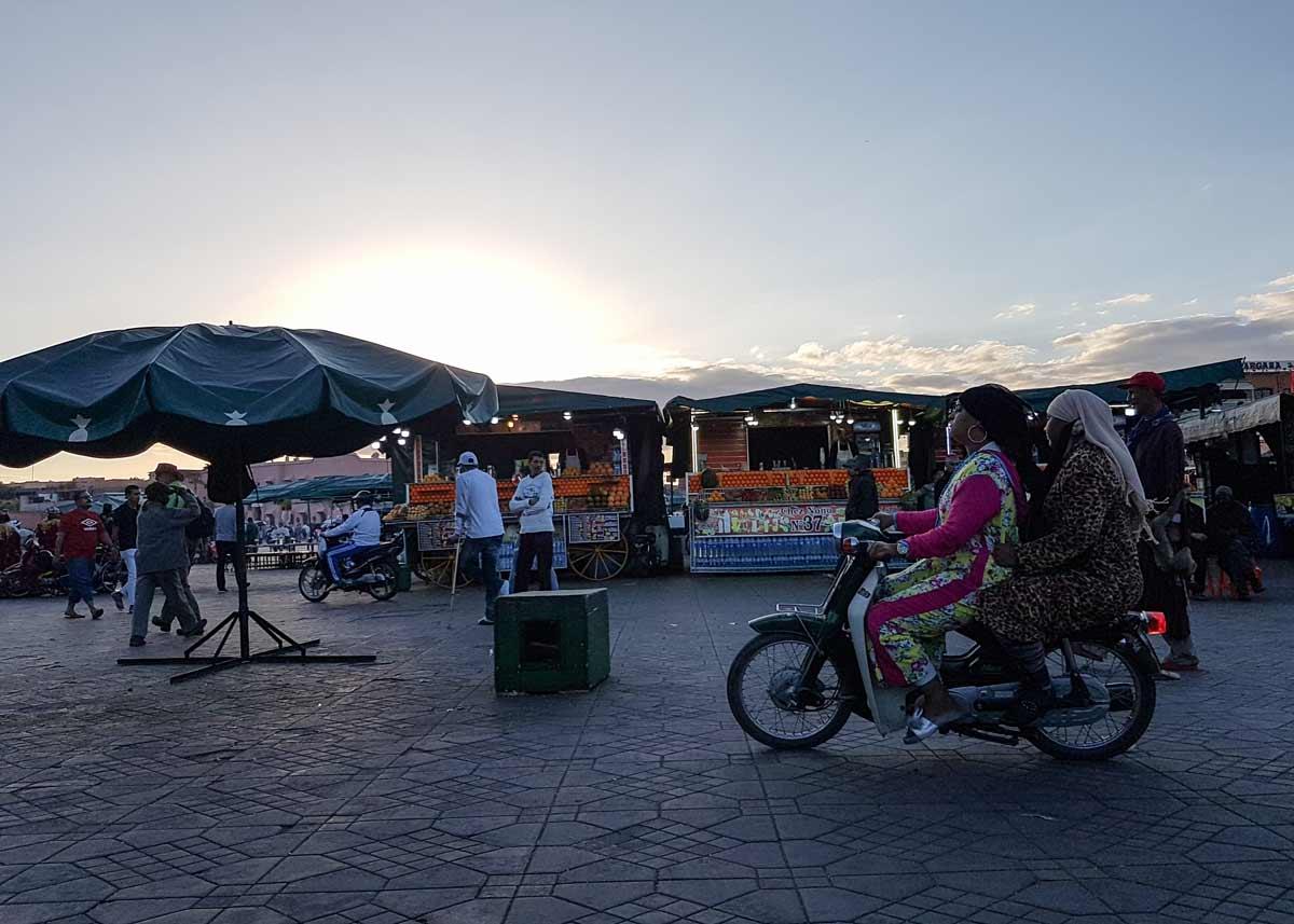 Das Treiben auf dem Djemaa el Fna