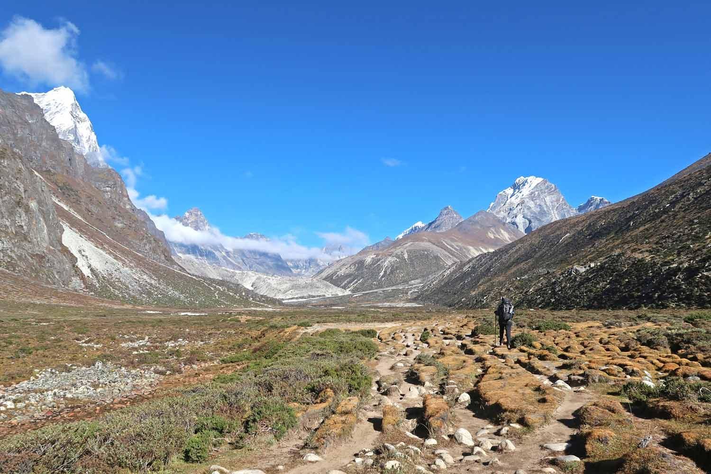 Aufstieg zum Everest Base Camp hinter Periche