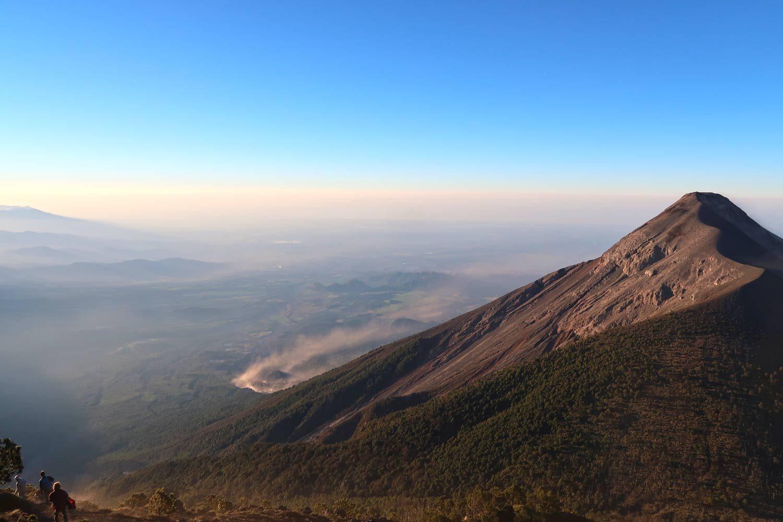 3976 Höhenmeter - Acatenango Vulkan Tour in Guatemala - Fuego