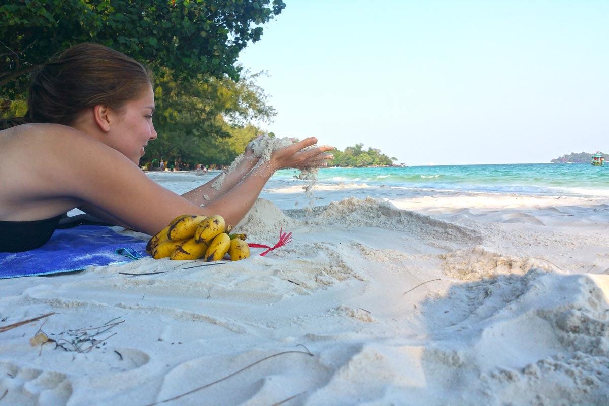 Linda am Beach auf Koh Rong