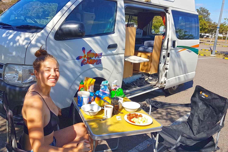 Camper mieten Australien: Alle Kosten & Preise beim Roadtrip - Frühstückspause