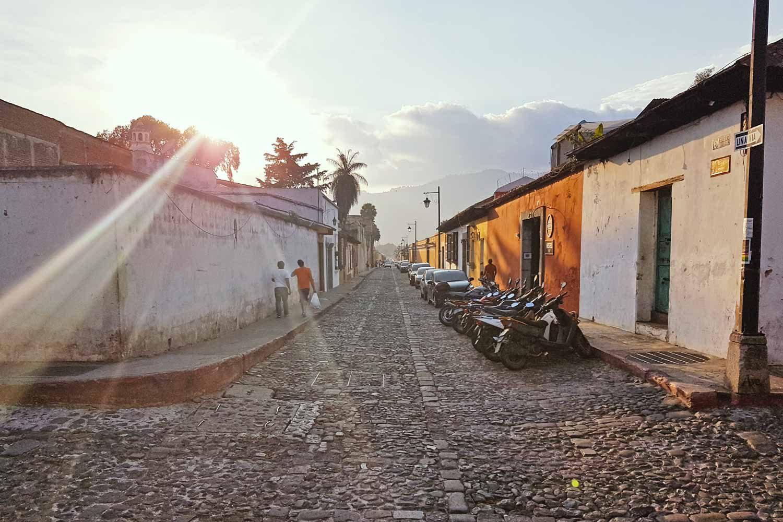Guatemala Packliste - Was du in Mittelamerika brauchst - Die Straßen von Antigua