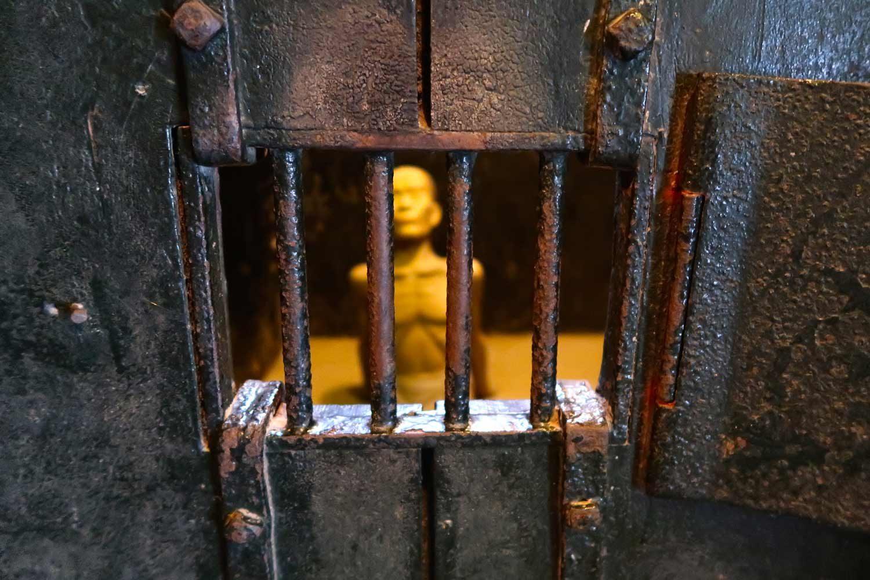Hanoi Sehenswürdigkeiten - 10 Dinge, die du machen solltest - Hoa Lo Gefängnis