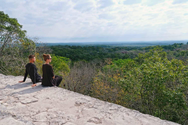 Tikal Guide - Die große Maya Stätte in Guatemala - Temple IV