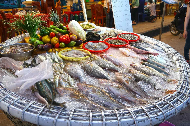 Fangfrische Fische am Pier auf Phu Quoc