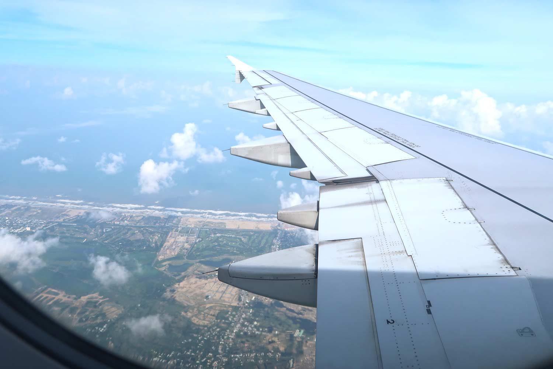 Vietnam Sehenswürdigkeiten - Die Top Spots für deine Reiseroute - Inlandsflug in Vietnam