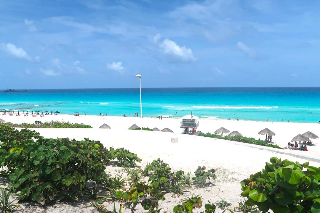 Cancun liegt am Karibischen Meer in Mexiko