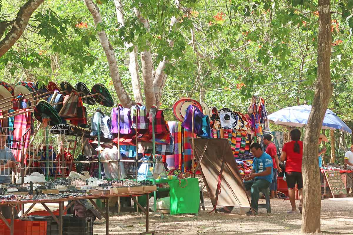 Souvenirstände in Chichén Itzá