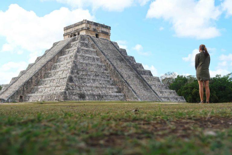 Chichén Itzá - die Stufenpyramide ohne Massentourismus