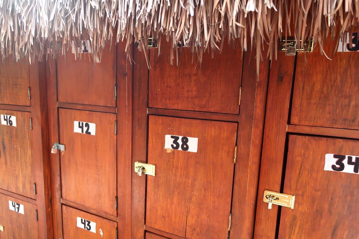 Bei der Gran Cenote in Tulum kannst du schnorcheln, Schildkröten entdecken und deine Wertsachen in Schließfächern verstauen
