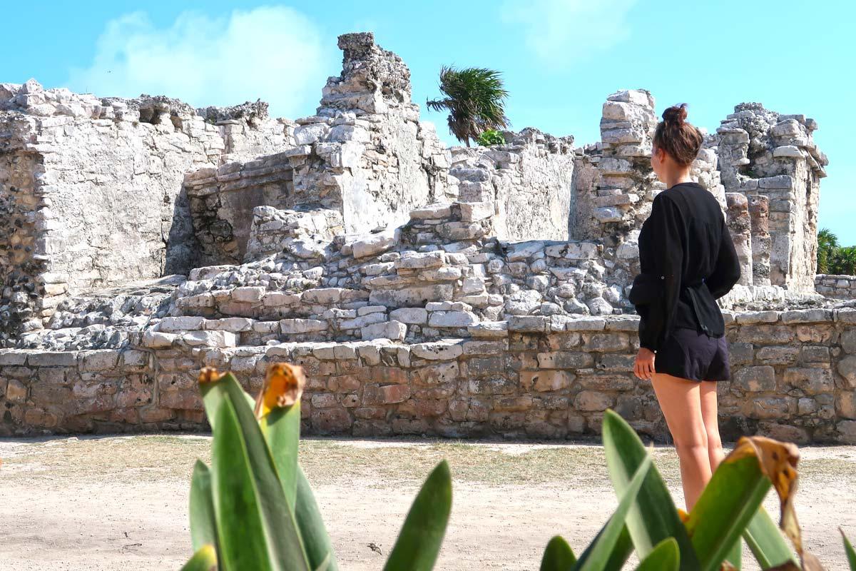 Eine der top Tulum Sehenswürdigkeiten: Die Ruinen von Tulum direkt am Strand