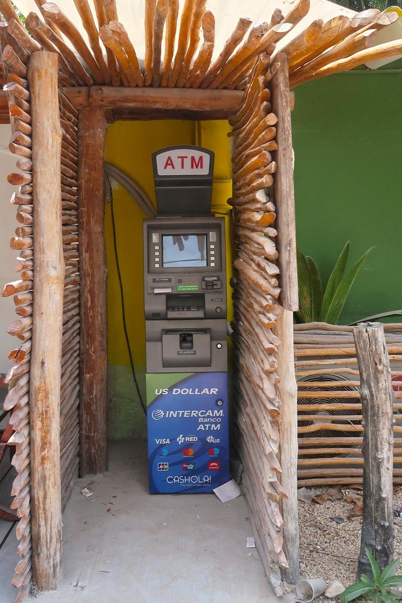 Mexiko Reisetipps - ATM auf Holbox
