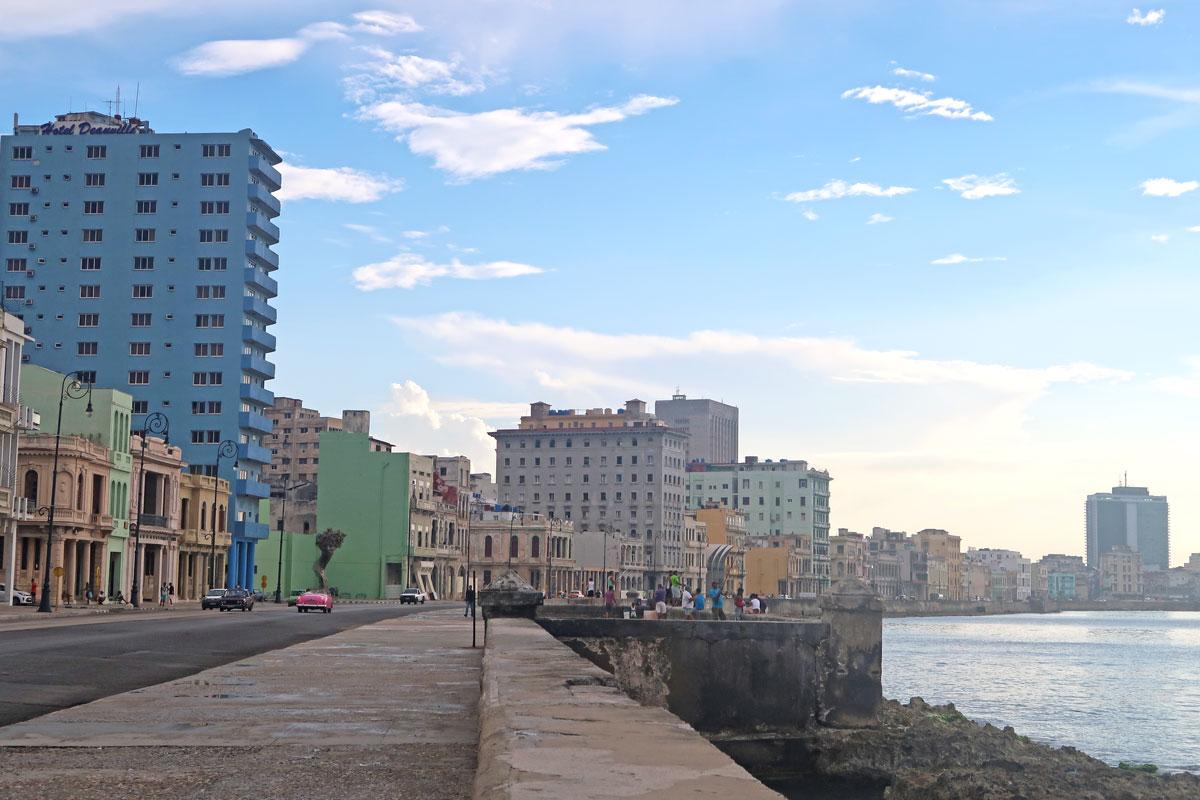 Havanna Sehenswürdigkeiten - Der Malecón von Havanna in Kuba