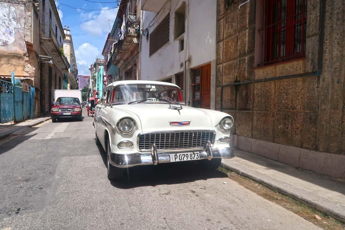 Havanna Sehenswürdigkeiten - ein klassischer Oldtimer