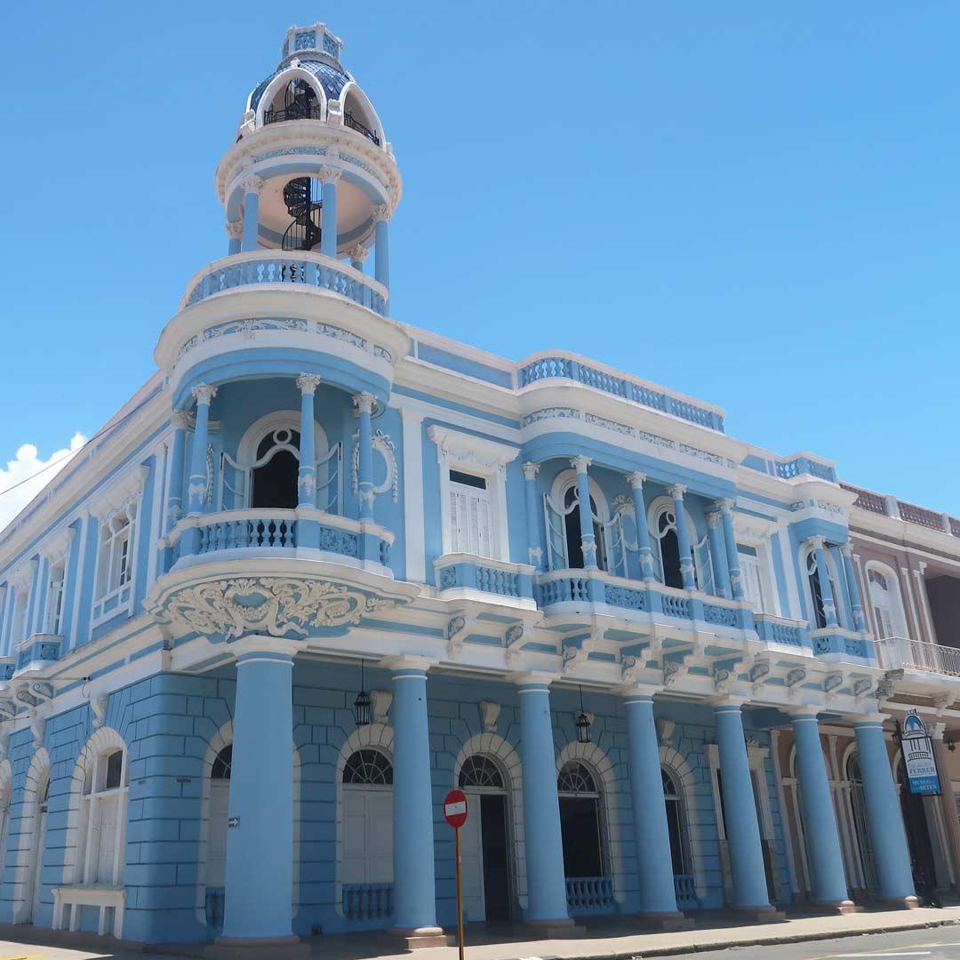 Besteige den Turm des Palacio de Ferrer in Cienfuegos