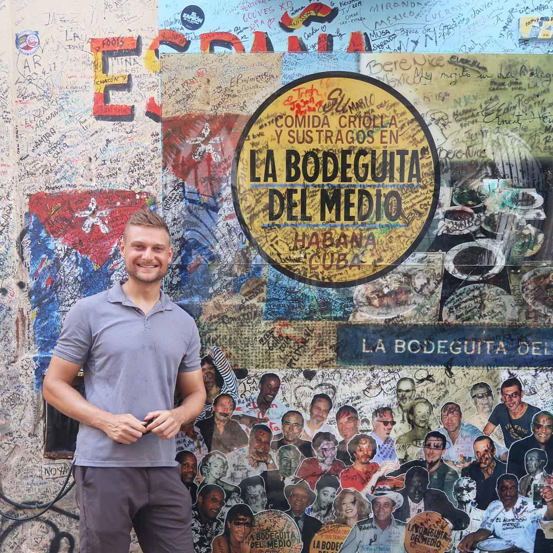 Besuche eine der berühmtesten Bars in Havanna - La Bodeguita del medio oder La Floridita