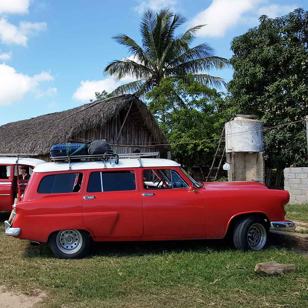 Für eine Kuba Rundreise empfehlen sich Sammeltaxis / Taxi Colectivo