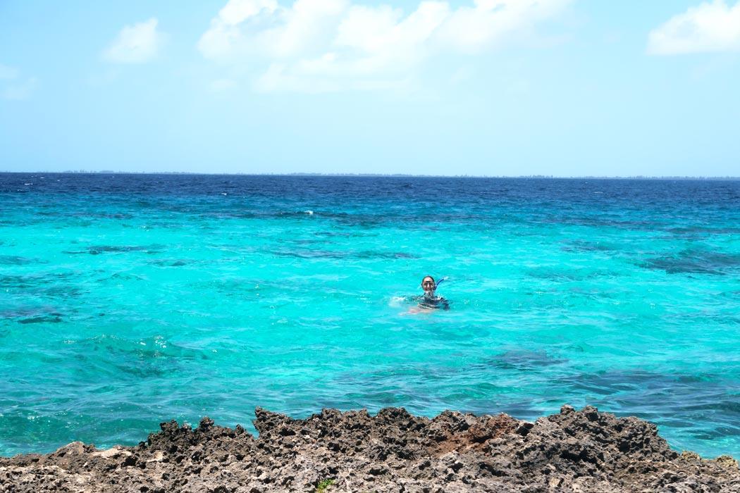 Die Blautöne des Karibischen Meeres in Kuba