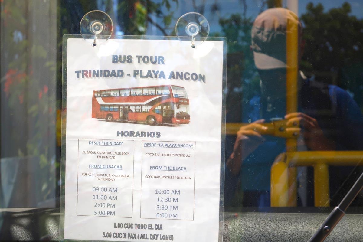 Mit dem Bus zum Playa Ancón in Trinidad in Kuba