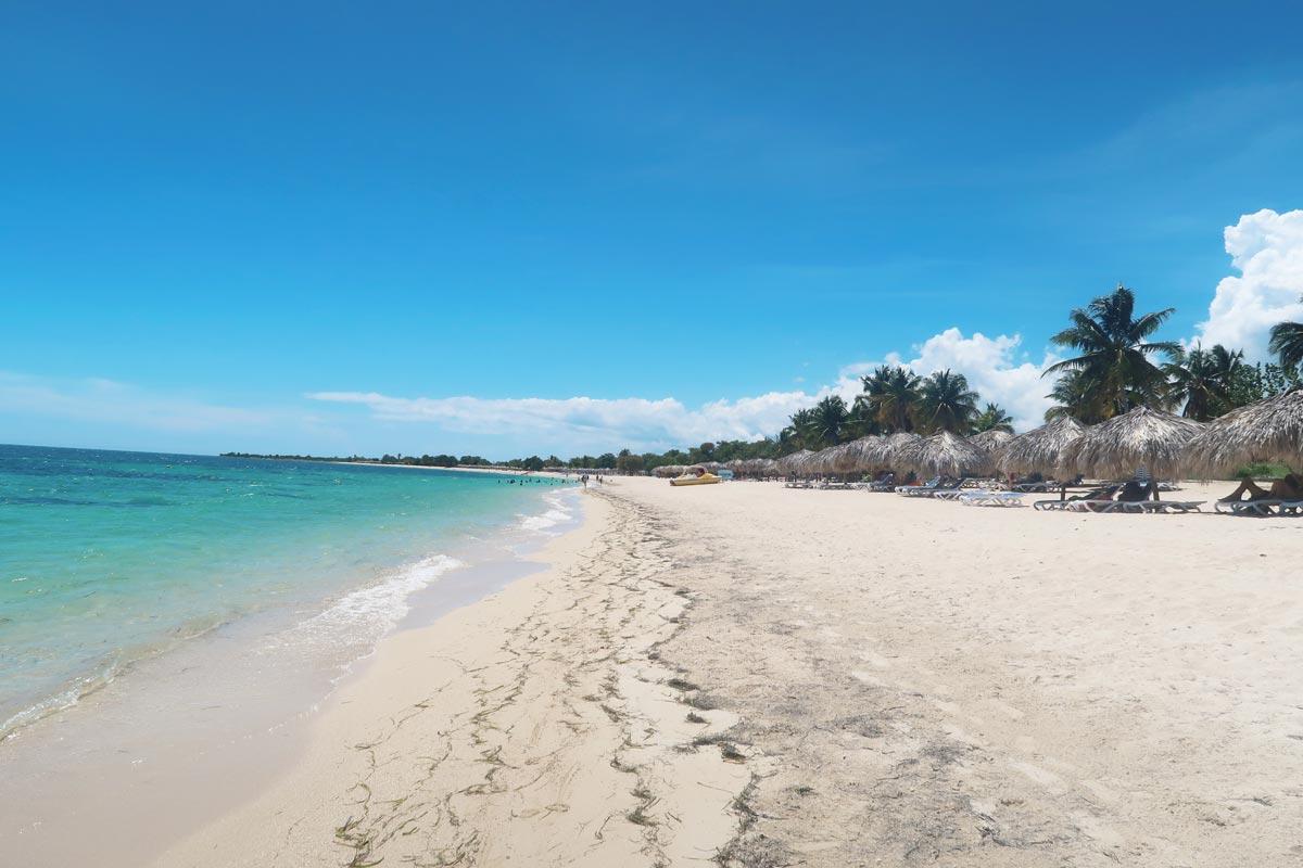 Der paradiesische Playa Ancón am Karibischen Meer in Trinidad Kuba
